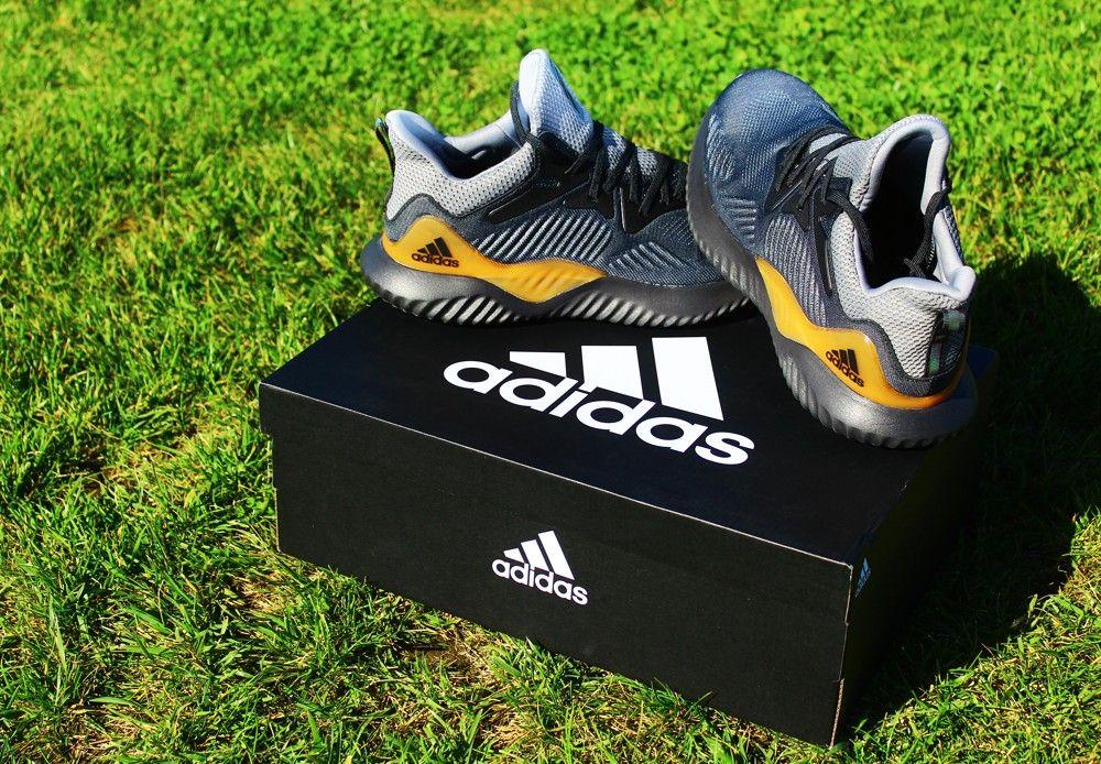buy popular eac81 3d9fd Estas zapatillas tienen un costo de  64.990, y están disponibles en las  tiendas adidas Performance a nivel nacional  también las puedes conseguir a  través ...